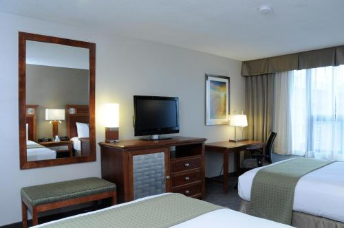 Holiday Inn Columbia East-Jessup Photo