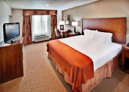 Holiday Inn Express Hotel & Suites - Dubuque West Photo
