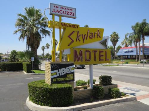 Photo of Skylark Motel