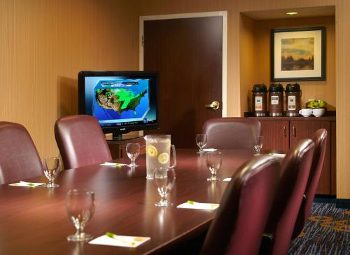 Courtyard By Marriott Atlanta Alpharetta - Alpharetta, GA 30004