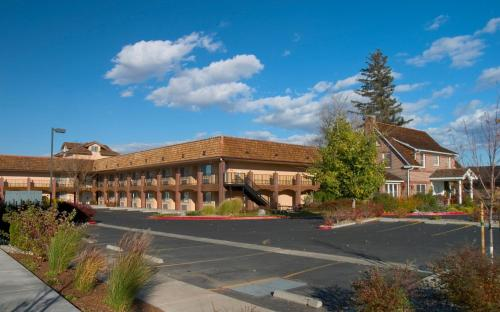 Carson Valley Motor Lodge Photo