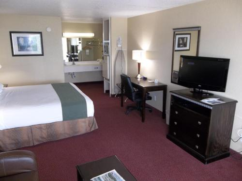 Best Western Floresville Inn Photo