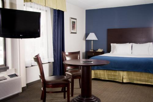 Holiday Inn Express York Photo