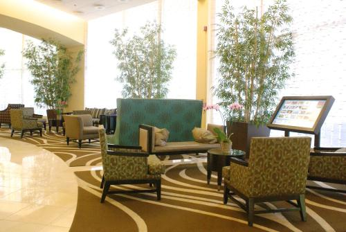 Embassy Suites Philadelphia - Center City Photo