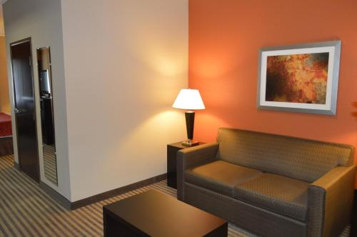 Best Western Bayou Inn & Suites - Lake Charles, LA 70601