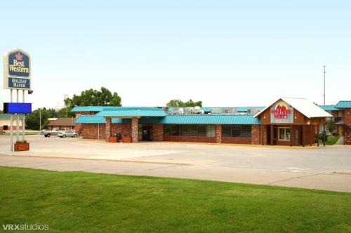 Best Western Holiday Manor - McPherson, KS 67460