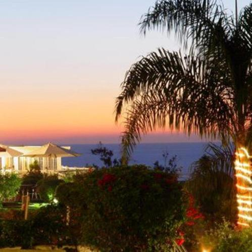Malibu Country Inn - Malibu, CA 90265
