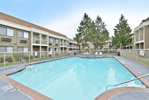 Ramada Kent-Seattle Photo