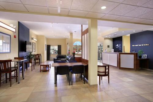 Microtel Inn & Suites - Kearney Photo