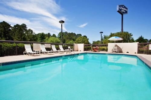 Hampton Inn Brookhaven Photo