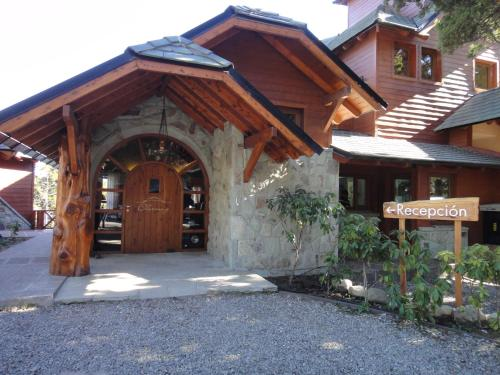 Charming Luxury Lodge & Private Spa Photo