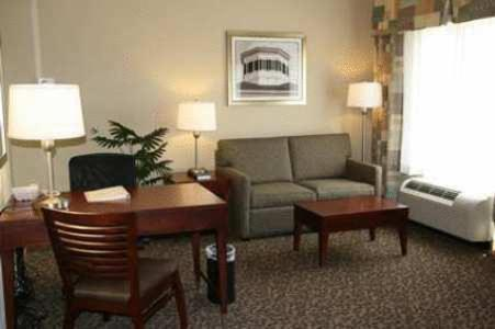 Hampton Inn & Suites West Point in West Point