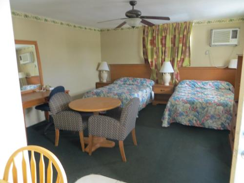 Country Lodge Photo