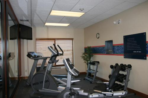Hampton Inn Derby - Derby, KS 67037