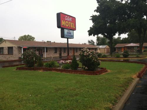 C and H Motel
