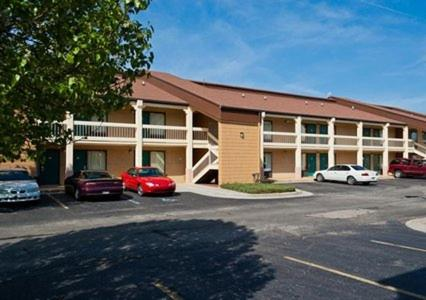 Photo of Econo Lodge Madison