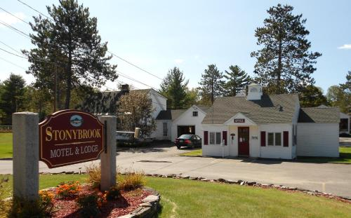 Stonybrook Motel & Lodge Photo