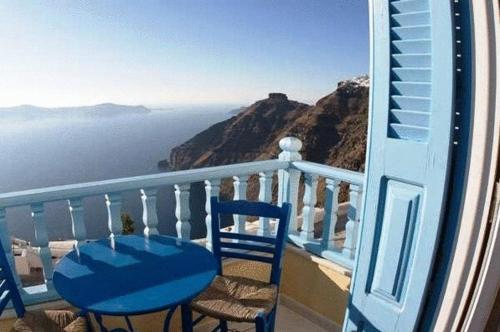 Vallas Apartments - Santorini Hotels