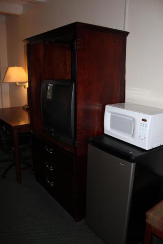 Executive Inn - Knoxville Photo