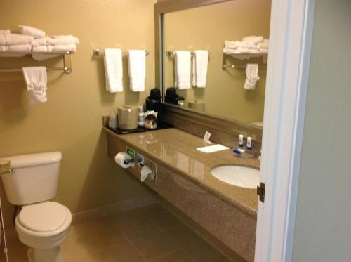 Best Western Plus Waco North Photo