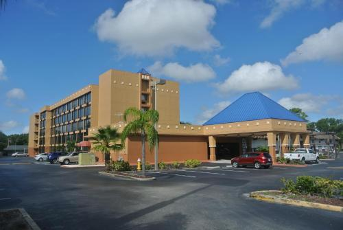 Baymont Inn & Suites Clearwater