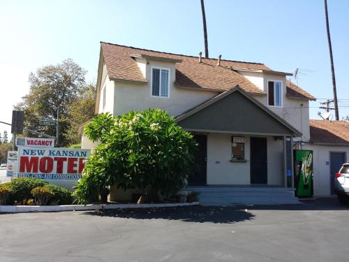 Picture of New Kansan Motel/><p class=