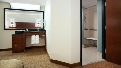 Hyatt Place Kansas City/Overland Park/Convention Center Photo