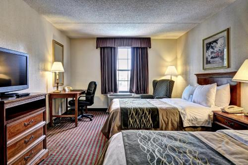 Comfort Inn Newport News Photo