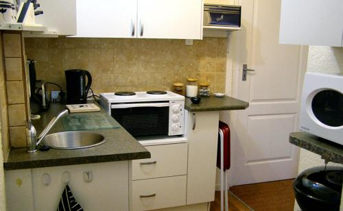 Mountain Bay Self Catering Apartments Photo