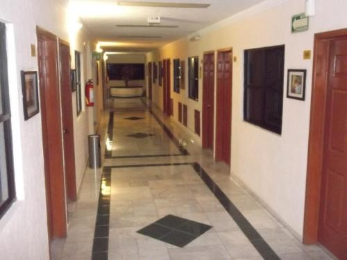 Hotel Avenida Cancun Photo