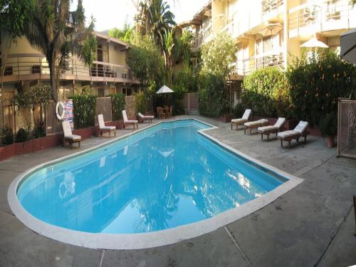 Highland Gardens Hotel - Los Angeles, CA 90028