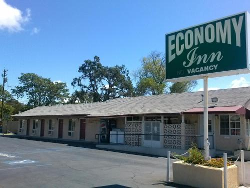 Economy Inn Paso Robles Photo