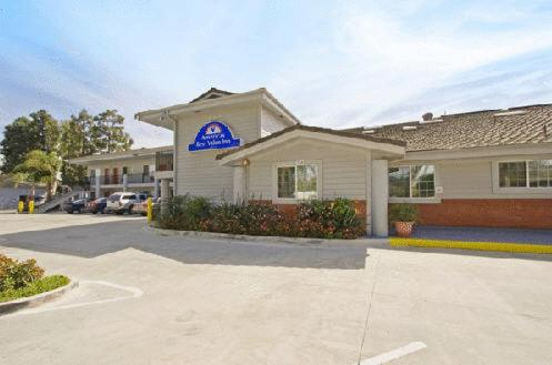 Americas Best Value Inn Oxnard-Port Hueneme Photo