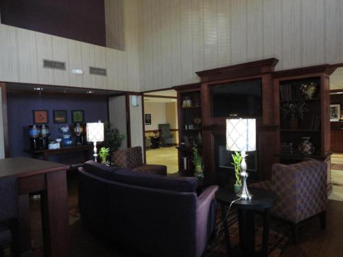 Hampton Inn & Suites Richmond Photo