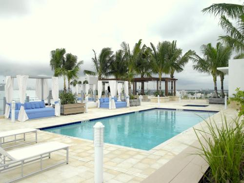 Grand Beach Hotel Surfside Photo