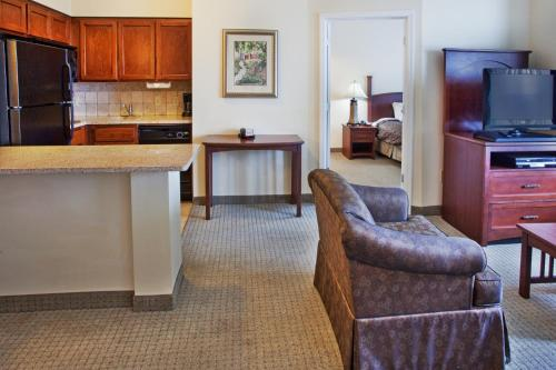 Staybridge Suites Columbus - Fort Benning Photo