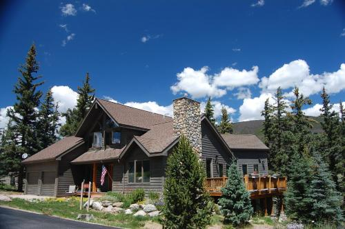 Exclusive Mountain Homes by Key to the Rockies