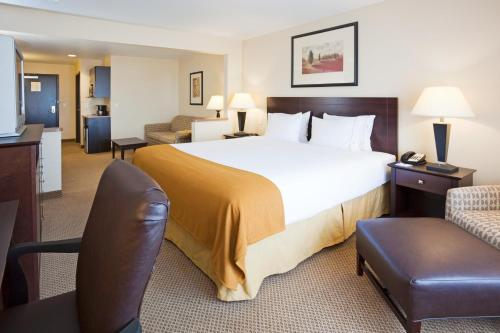 Holiday Inn Express Hotel & Suites Sioux Falls-Brandon Photo