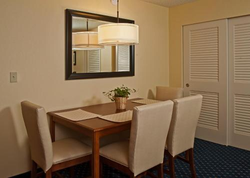 Comfort Inn Washington DC Joint Andrews AFB Photo