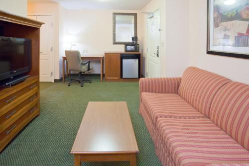 Holiday Inn Minneapolis NW Elk River Photo
