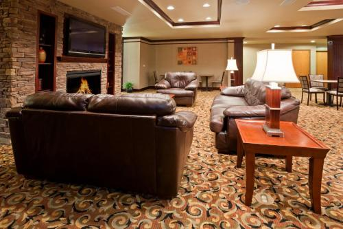 Holiday Inn Express & Suites Sturgis Photo