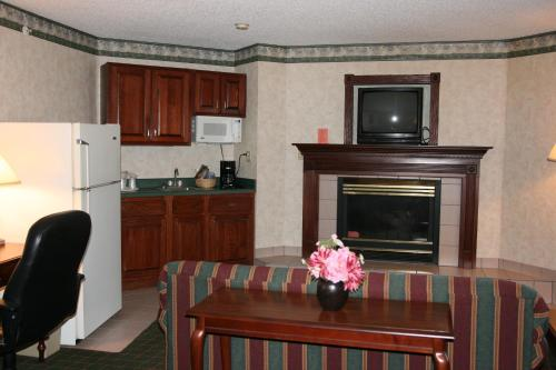 Quality Inn Indianapolis-Brownsburg/I-74 West Photo