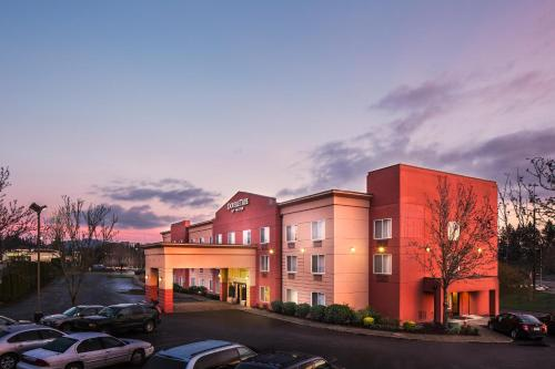 Doubletree By Hilton Beaverton