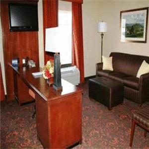 Hampton Inn and Suites Woodstock, Virginia Photo