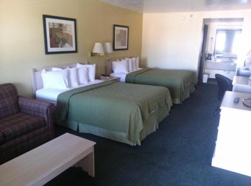 Quality Inn Santa Rosa Photo