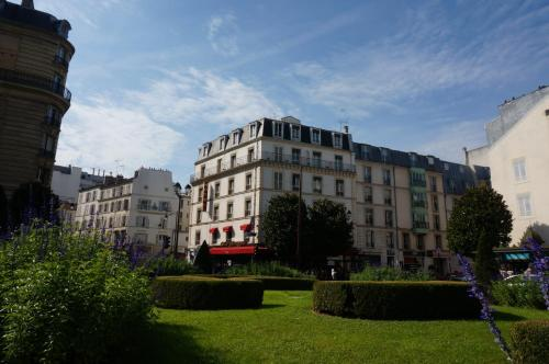 Отель Le Bon Hôtel 4*, Нёйи-сюр-Сен. Бронирование, отзывы ...: http://www.tourister.ru/world/europe/france/city/neuilly-sur-seine/hotels/71268