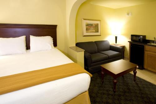 Holiday Inn Express Hotel & Suites Corpus Christi Northwest Photo