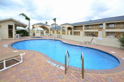 Americas Best Value Inn & Suites San Benito - San Benito, TX 78586