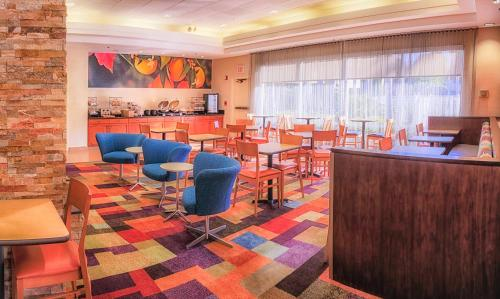 Fairfield Inn & Suites By Marriott San Jose Airport - San Jose, CA 95112