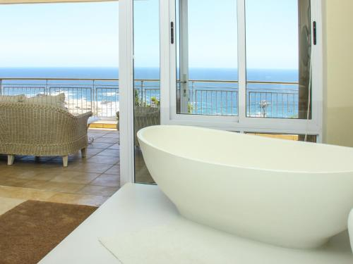 3 On Camps Bay Boutique Hotel Photo